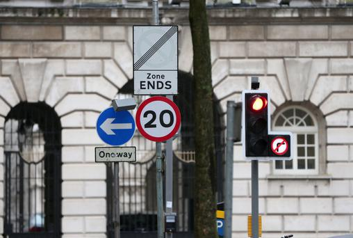 20mph Speed Limit Sign on Linenhall Street, Belfast.