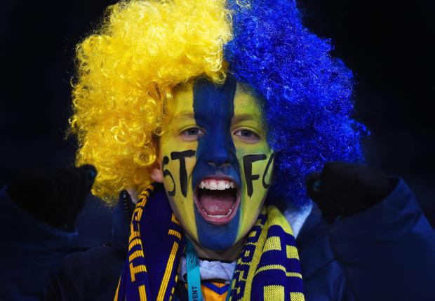 SHREWSBURY, ENGLAND - FEBRUARY 22: A Shrewsbury Town fan enjoys the atmosphere prior to the Emirates FA Cup fifth round match between Shrewsbury Town and Manchester United at Greenhous Meadow on February 22, 2016 in Shrewsbury, England. (Photo by Laurence Griffiths/Getty Images)