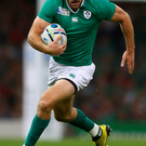 Ireland rugby coach Joe Schmidt looks set to ignore calls to play Jared Payne at full-back and reunite Ulster's New Zealander with Robbie Henshaw in the centre against Italy in Dublin on Saturday
