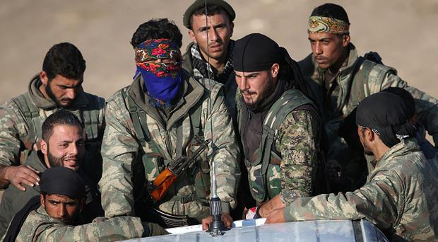 Syrian Democratic Forces 'at gates of Raqqa' as they