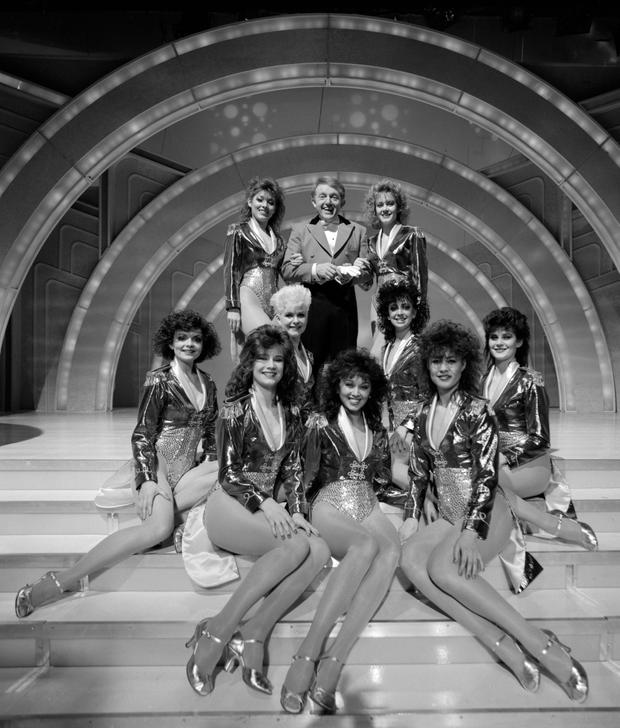 File photo dated 15/05/85 of magician Paul Daniels with his girl dancers from his award-winning Montreux Show, as Daniels has died today aged 77. PRESS ASSOCIATION Photo. Issue date: Thursday March 17, 2016. See PA story DEATH Daniels. Photo credit should read: PA Wire