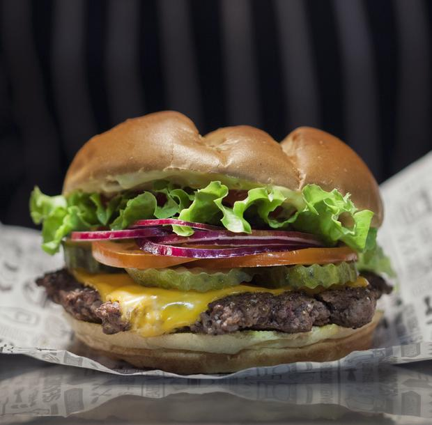 UK's first Smashburger outlet to open in Milton Keynes ...
