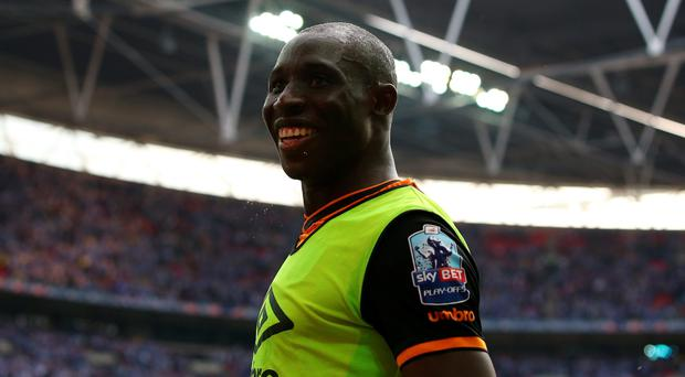 Mohamed Diame celebrates Hull's promotion