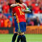 TOULOUSE, FRANCE - JUNE 13: Sergio Ramos (L) and Juanfran (R) of Spain celebrate their 1-0 win afterthe UEFA EURO 2016 Group D match between Spain and Czech Republic at Stadium Municipal on June 13, 2016 in Toulouse, France. (Photo by Ian Walton/Getty Images)