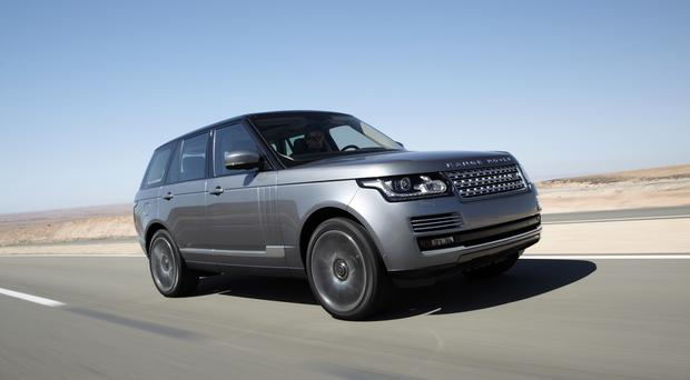 range rover rogue review who s the daddy now. Black Bedroom Furniture Sets. Home Design Ideas