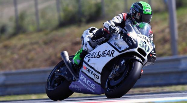 Eugene Laverty on his Pull&Bear Ducati