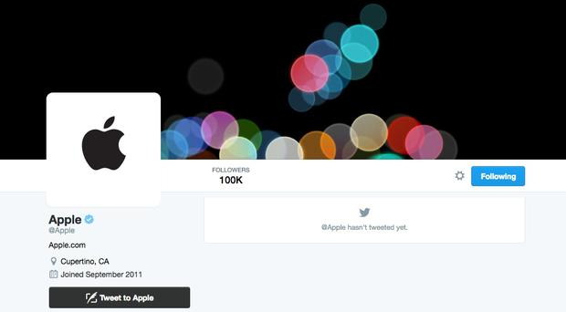 Apple finally starts using its @Apple Twitter account. It is suggested that the company might use the account to live tweet the iPhone announcement on 7 September