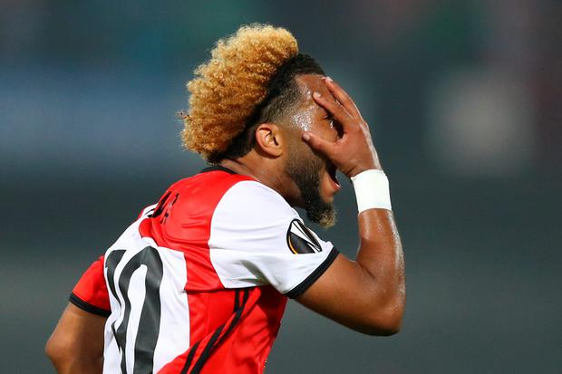 ROTTERDAM, NETHERLANDS - SEPTEMBER 15: Tonny Vilhena of Feyenoord celebrates scoring his sdies first goal during the UEFA Europa League Group A match between Feyenoord and Manchester United FC at Feijenoord Stadion on September 15, 2016 in Rotterdam, . (Photo by Dean Mouhtaropoulos/Getty Images)