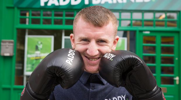 Paddy Barnes has announced his decision to turn professional.