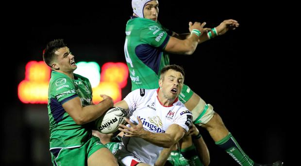 Guinness PRO12, The Sportsground Galway 7/10/2016 Connacht vs Ulster Connacht's Cian Kelleher and Ultan Dillane tackle Ulster's Tommy Bowe Mandatory Credit ©INPHO/Billy Stickland
