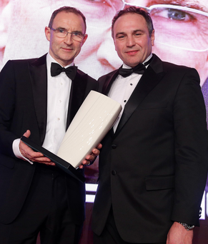 Fame game: Martin O'Neill receives the Hall of Fame at the 2015 Belfast Telegraph Sports Awards from Chris Nelmes, of The OUTLET, Banbridge
