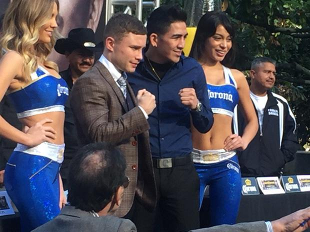 Carl Frampton with challenger Leo Santa Cruz at yesterday's outdoor news conference in Los Angeles