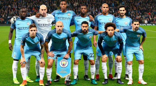 MANCHESTER, ENGLAND - DECEMBER 06: The Manchester City team pose for a photography prior to kick off during the UEFA Champions League Group C match between Manchester City FC and Celtic FC at Etihad Stadium on December 6, 2016 in Manchester, England. (Photo by Clive Brunskill/Getty Images)