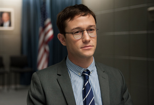 Joseph Gordon Levitt as Edward Snowden. Photo: PA Photo/Vertigo