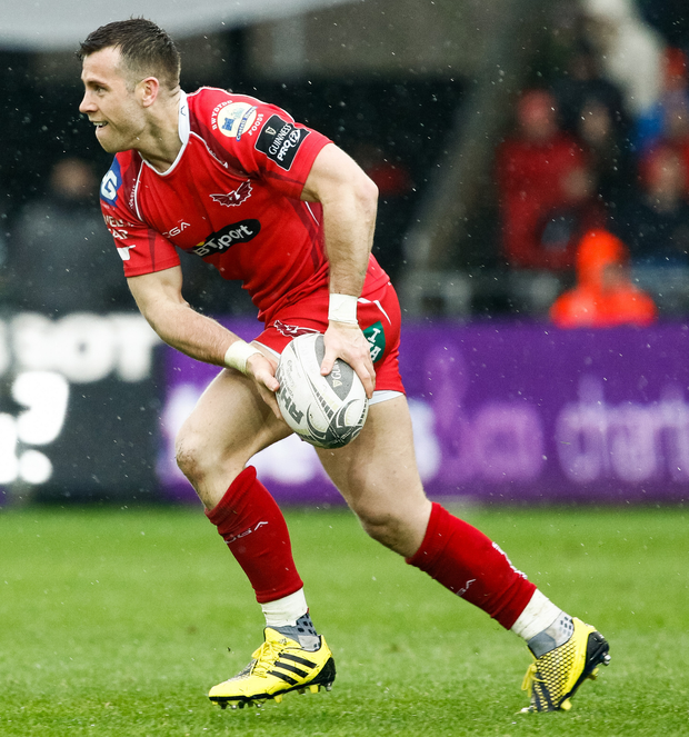 Warning: Scarlets' scrum-half Gareth Davies has laid down a marker for Les Kiss's injury hit Ulster side. Photo: Simon King/INPHO