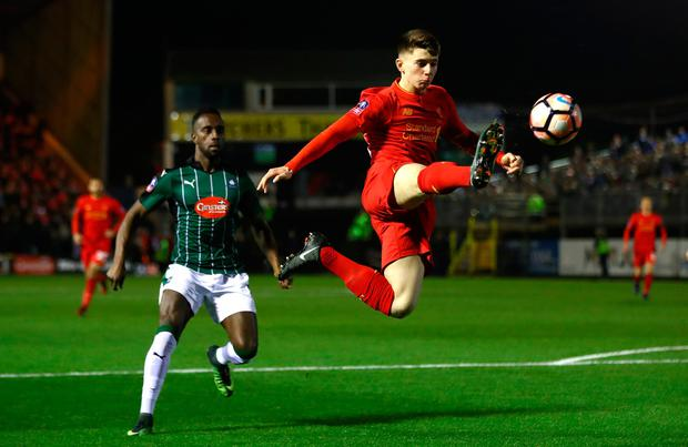 Ben Woodburn of Liverpool controls the ball during The Emirates FA Cup Third Round Replay match between Plymouth Argyle and Liverpool at Home Park on January 18, 2017 in Plymouth, England. (Photo by Michael Steele/Getty Images)