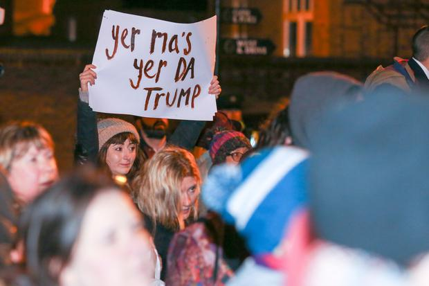 In Belfast, protesters gathered at the US Consulate, based in Danesfort House, Stranmillis, for a protest against the new US President Donald Trump. 2nd February 2017. Photo: Philip Magowan / PressEye