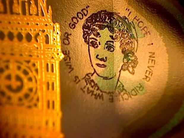 Graham Short etched a tiny picture of Jane Austen on five pound notes. Picture: grahamshortart.com