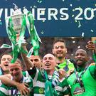 GLASGOW, SCOTLAND - MAY 27: Scott Brown of Celtic lifts the trophy during the William Hill Scottish Cup Final between Celtic and Aberdeen at Hampden Park on May 27, 2017 in Glasgow, Scotland. (Photo by Ian MacNicol/Getty Images)