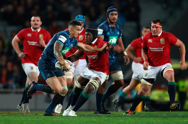 Sonny Bill Williams of the Blues is tackled by Maro Itoje of the British & Irish Lions during the 2017 British & Irish Lions tour match between the Blues and the British & Irish Lions at Eden Park on June 7, 2017 in Auckland, New Zealand. (Photo by David Rogers/Getty Images)