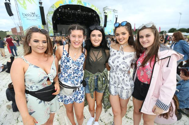 Festival goers at the 2nd night of Belsonic to see The 1975. Ormeau Embankment, Belfast. Friday 16th June 2017 Liam McBurney/RAZORPIX
