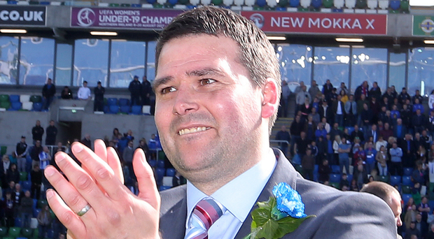 Top: David Healy's Linfield to play in cross-league event