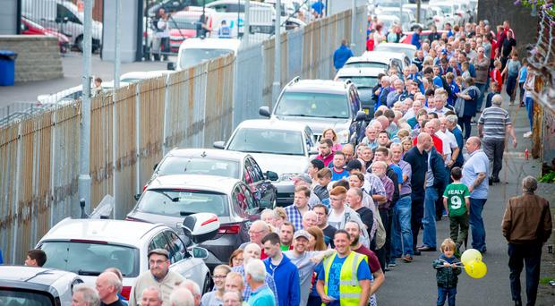 Linfield fans queue at Windsor Park in Belfast for the release of tickets on July 6th 2017 (Photo by Kevin Scott / Belfast Telegraph)