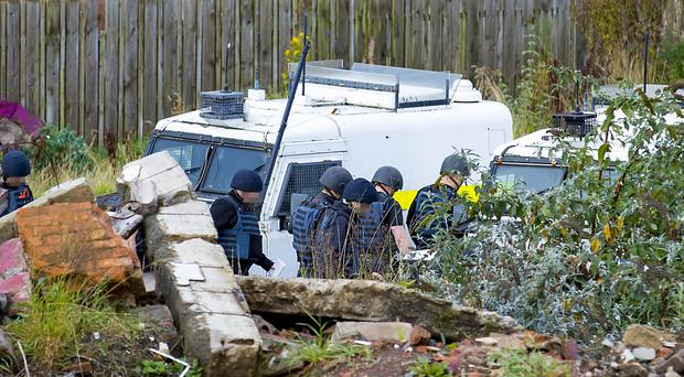 Police and ATO carry out a search operation at a piece of derelict land on Jamaica Way in North Belfast on September 28th 2017 (Photo by Kevin Scott / Belfast Telegraph)