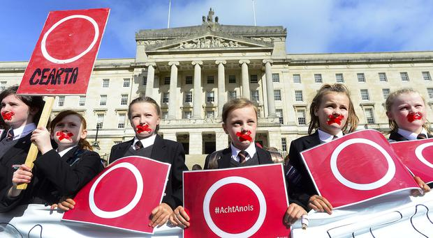 Michelle ONeill and Sinn Féin MLAs join with An Dream Dearg and pupils from Irish language schools at a protest in support of an Irish Language Act at Stormont. Picture By: Arthur Allison/Pacemaker Press