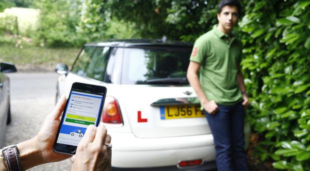 10 common reasons why teenagers fail their driving test