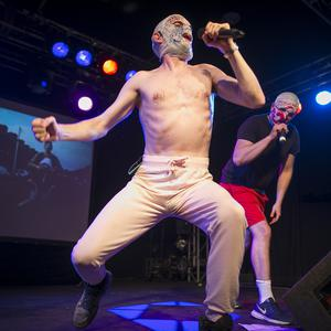 Irish comedy hip-hop duo The Rubberbandits play Mandela Hall with dj willie o deej. Saturday 7th October 2017. Liam McBurney/RAZORPIX