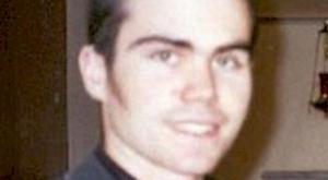 Martin Kelly Martin is about 6ft 1in tall of slim build with short dark hair, was wearing a black 'Guinness' t-shirt and blue jeans when he was last seen around 7pm on 01/01/2006. Police in South Belfast are growing increasingly concerned for the welfare of 21-year-old Martin Kelly from Kinnegar Drive, Holywood, who was last seen by friends at a bar in Garmoyle Street in South Belfast on New Year's Day.