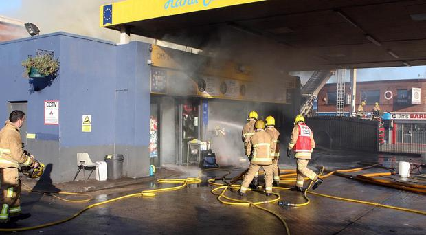 Mandatory Credit - Picture by Freddie Parkinson/Press Eye © Wednesday 16 November 2017 Fire in Glengormley as smoke engulfed the whole area. The Euro Hand Car Wash in the Centre of Glengormley was consumed quickly in flames.