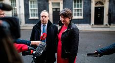 LONDON, ENGLAND - NOVEMBER 21: Democratic Unionist Party (DUP) Leader Arlene Foster (R) and Deputy Leader Nigel Dodds (C) address the media in Downing Street on November 21, 2017 in London, England. Sinn Fein and DUP leaders meet with British Prime Minister Theresa May today to discuss restoring power sharing in Northern Ireland. (Photo by Jack Taylor/Getty Images)