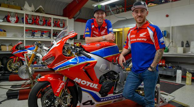 Lee Johnston joins Ian Hutchinson for the 2018 Honda Road Racing line up.