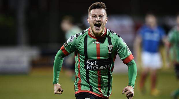 Glentoran score a late winner during today's game at the Oval in Belfast. Photo Charles McQuillan/Pacemaker Press