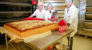 Pictured at the Guinness World Record attempt in Pattons Bakery on 22nd November 2017 is Warren Patton proprietor of Patton's Bakery, Jenny Bristow celebrity chef, and Karl McCrum Sales and Marketing Manager of Neill's Flour.