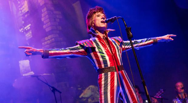 Laurence Knight as David Bowie (Photo credit Charlie Raven)