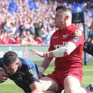 Fergus McFadden goes in for his try