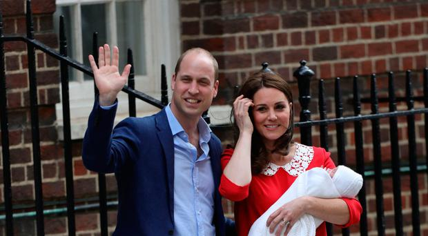 The Duke and Duchess of Cambridge and their newborn son outside the Lindo Wing at St Mary's Hospital in Paddington, London. PRESS ASSOCIATION Photo. Picture date: Monday April 23, 2018. See PA story ROYAL Baby. Photo credit should read: Aaron Chown/PA Wire