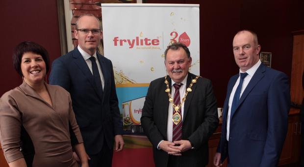 Londonderry Chamber of Commerce President Jennifer McKeever pictured with Tánaiste Simon Coveney, Mayor of Derry Maoliosa McHugh and Martin Gormley from event sponsors Frylite pictured at the Annual Presidents Lunch in Derrys City Hotel. Pic by Tom Heaney, NWpresspics