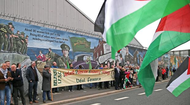 Gaza Palestinian support protest in west Belfast at the International Wall on the Falls Road. Photo by Alan Lewis.
