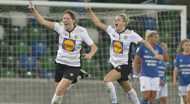 Makyla Mulholland netted a late double to sink Glentoran's Big Two rivals Linfield in the Electric Ireland Women's Challenge Cup tie on Saturday evening.