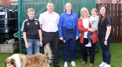 Strong support: Lauren Perry with her brother Jack, dad Alan, mum Doreen, niece Leah, sister Emma and dog Honey