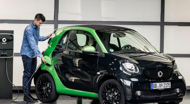 SUNDAY LIFE MOTORS - Smart ForTwo EQ 2018 all-electric car