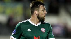 Gavin Peers has joined Glentoran after a one-year spell with Derry City.
