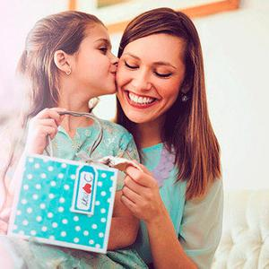 Big day: treat your mother to an amazing gift