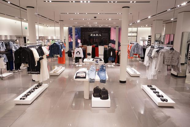 Zara in Belfast reopened after the Primark fire.