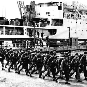 Troops arrive in Belfast in 1969
