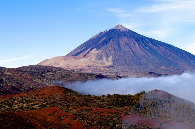 Mt Teide Tenerife a volano with clouds